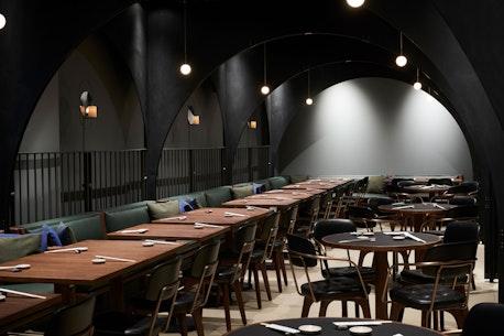 Sticks'n'Sushi Restaurant, Victoria, London, set indefra